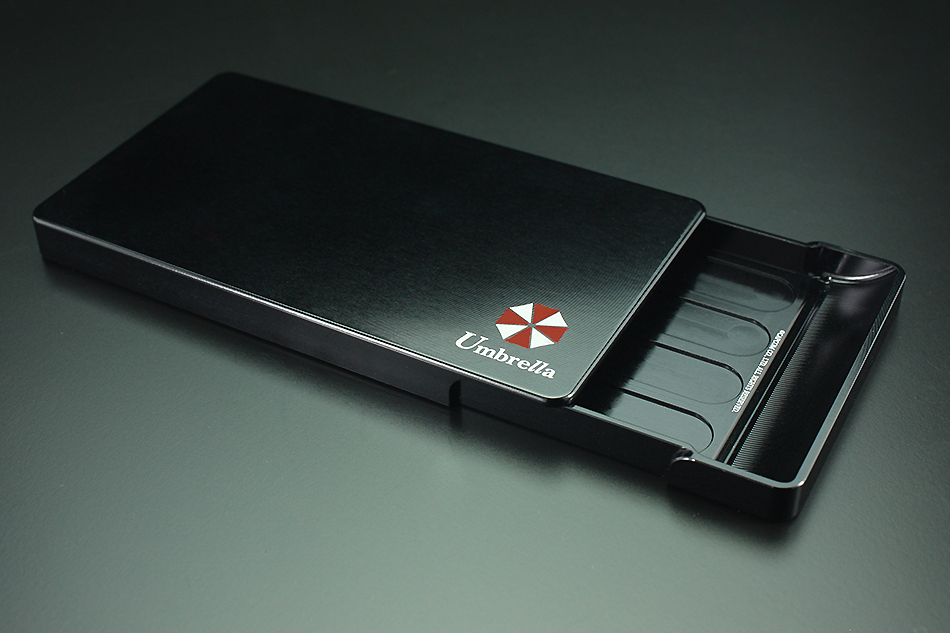 business card holder『BIOHAZARD』